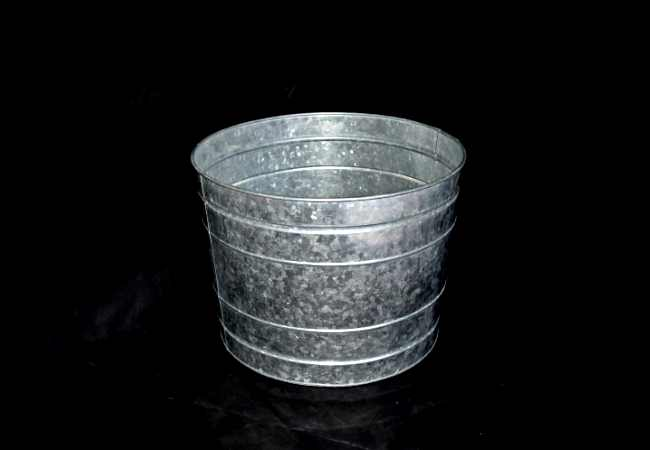 large round zinc cylindrical planters manufacturer from Moradabad, India - Kone Crafts